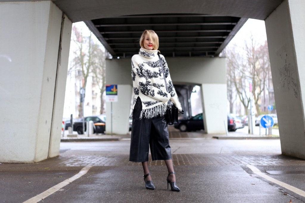 Chunky knit & leather culottes