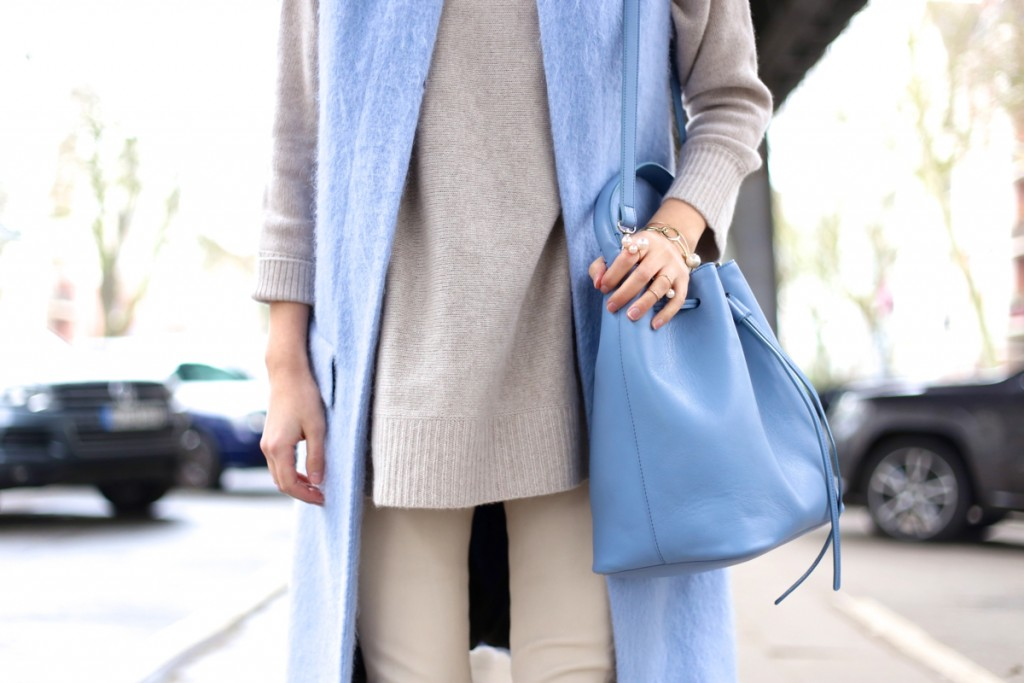 Light blue & nude shades