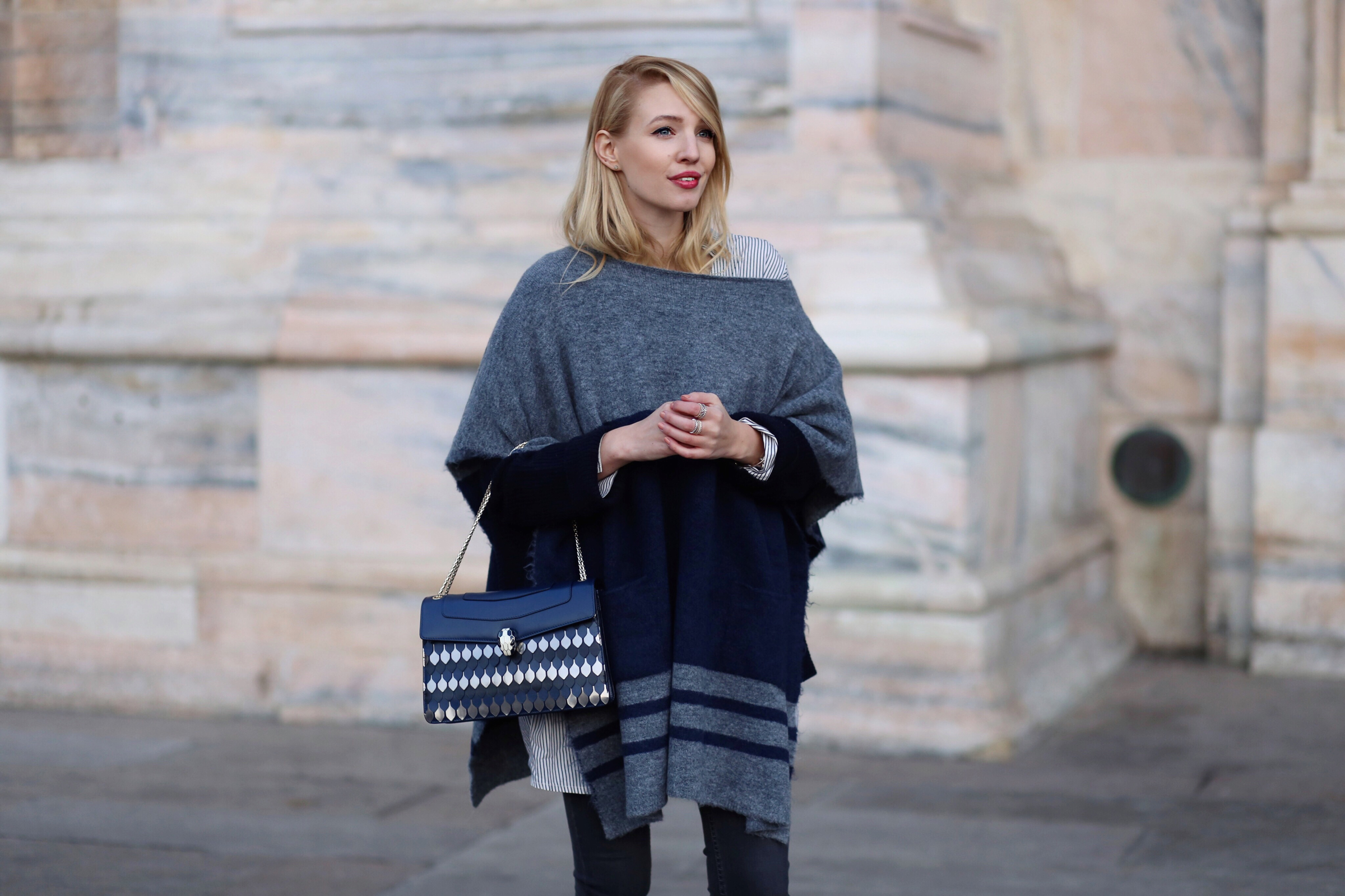 Black, blue & grey |Milan