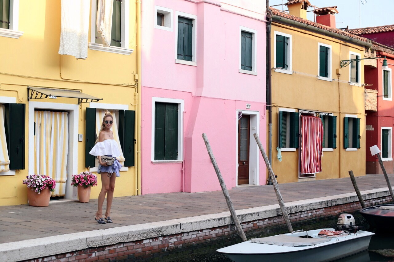 Vivid colors | Burano, Italy