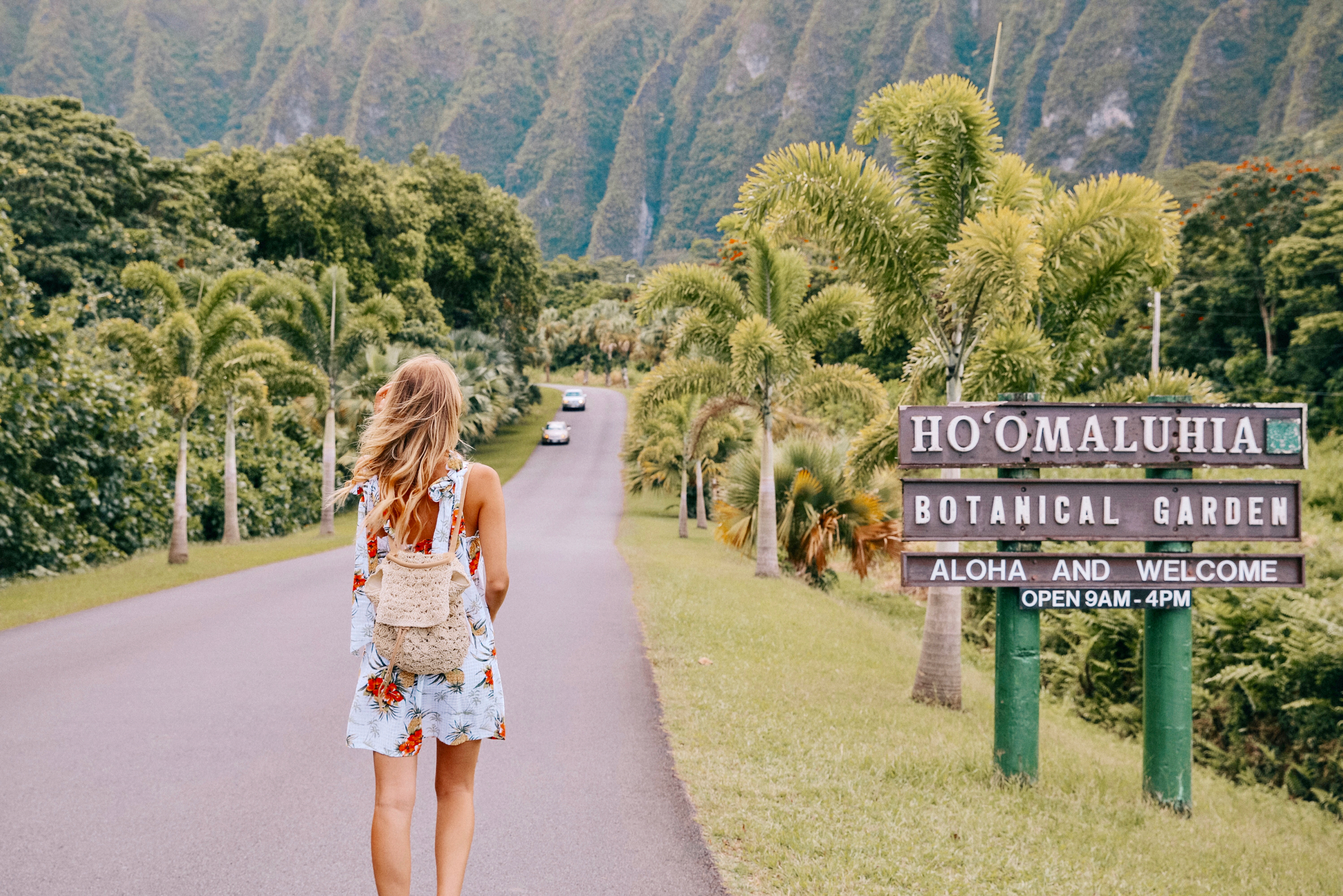 Tropical print & straw backpack | Hawaii