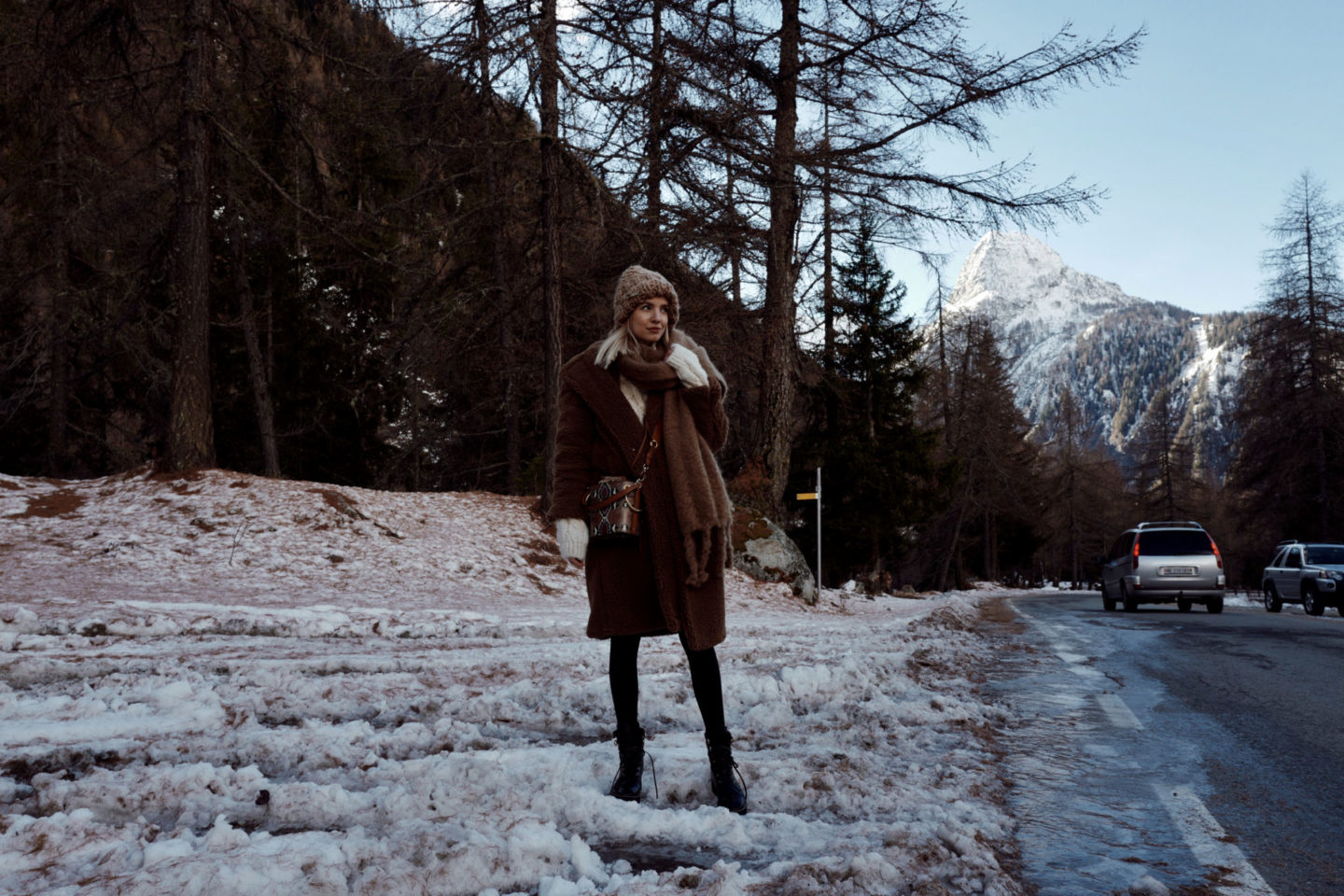 Courmayeur roadside and ebay germany