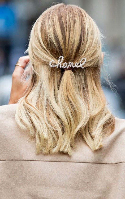 Chanel pearl hairpin
